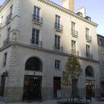 ravalement-acheve-facade-immeuble-4-rue-vauban-nantes-restauration-statue-maitre-d-oeuvre-jerome-cagnon