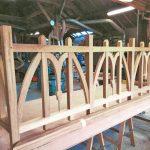 gente-poilane-fabrication-en-cours-balcon-bois-a-l-identique-rue-robert-douineau-nantes