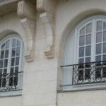 vue-general-sur-les-fenêtres-du-8-allee-turenne-apres-restauration-par-l-entreprise-lebeaupin-menuiserie