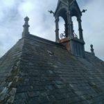 etat de degradation de la chapelle du chateau de la bruneliere a villedieu la blouere avant intervention pour restauration de rivet gris couverture