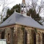 refection de la toiture de la chapelle du chateau de la bruneliere a villedieu la blouere par rivet gris couverture